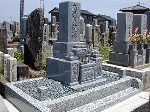 曽我屋墓地の建立事例